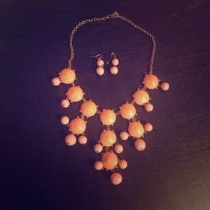 Pink Statement Necklace and Earrings Set ✨